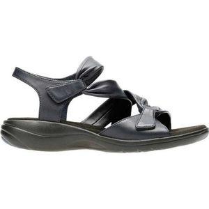 Clarks Saylie Moon strappy sandal size 9